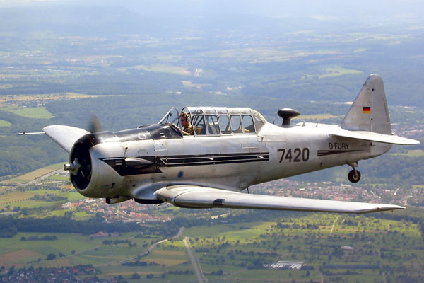 Британия переподготовит грузинских авиаторов и моряков
